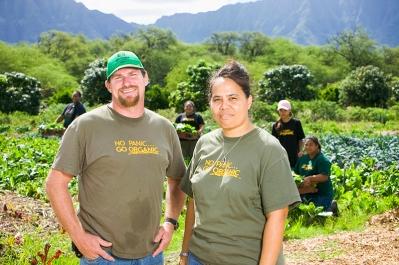 Hawaii-Community-Foundation-gardening-founders